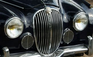 Jaguar XJ6 serien III spesifikasjoner