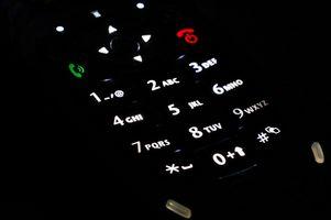 Hvordan å skrive inn spesialtegn i en mobiltelefon