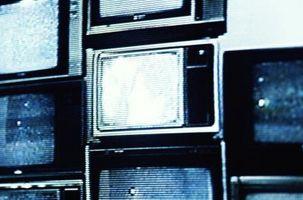 Hvor å hekte en DVD til en gammel stil TV