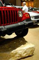 Hvordan erstatte en Jeep batteri kabelen forsamling