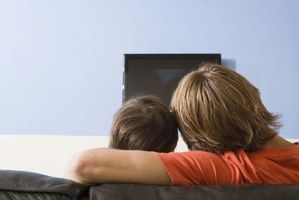 Hvordan Program en DirecTV hvit fjernkontroll