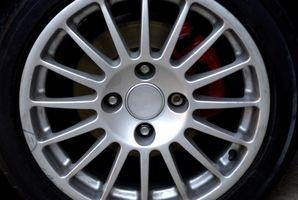 Hvordan erstatte bak disken Pads i en Ford Focus