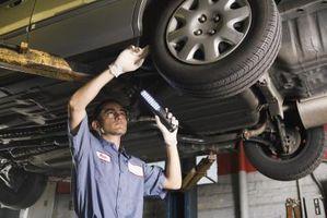 Hvordan diagnostisere problemer med bilen aksel