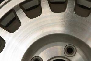 Hvordan å polere RV hjul