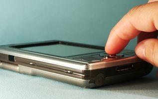 Hvordan du bruker en Pocket PC som en fjernkontroll for TVEN