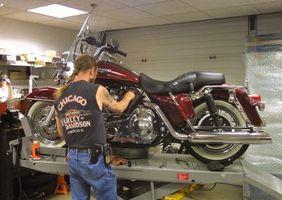 Hvordan fjerne lager Harley Bafflene
