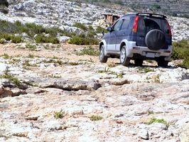 Hvordan endre vannpumpen på en 1998 Jeep Grand Cherokee