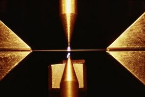 Hvordan bygge en høyeffekts Laser Cut