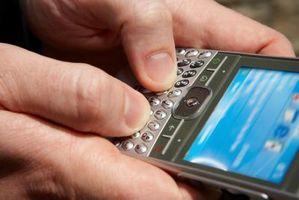 Tilbakestille en Blackberry telefonlåskoden
