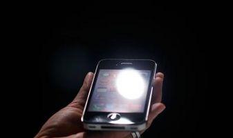 Hva gjør jeg hvis iPhone er helt svart?