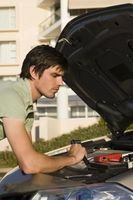 Hvordan endre en serpentin beltet på en Buick Regal V6 3,8 L trinnvise instruksjoner
