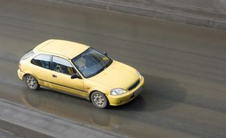 Honda Civic: Dreiemoment spesifikasjoner
