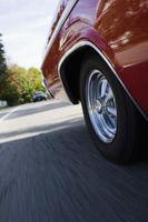 Hvordan fjerne overføring fra min 1973 Dodge Charger