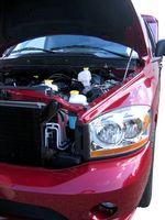 Hvor å erstatte Fuel filteret på en 2000 Ford Explorer