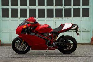 Hjemmelaget Shorty motorsykkel eksosanlegg