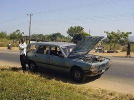 Hvordan få bilen fast for mindre