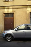 Hvordan å reparere vinduet bak døren en 2002 Ford Focus