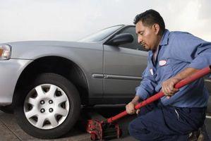 Hvordan fjerne overføring fra en Ford Ranger