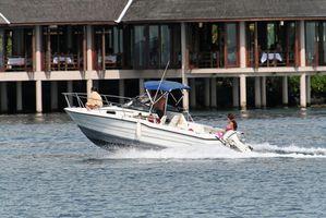 Motor spesifikasjoner for en 1999 115 Evinrude båt