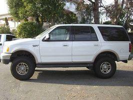 Hvordan få bedre gass kjørelengde for Ford ekspedisjon