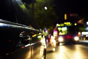 Hvordan sette tidspunktet på en Mazda 626