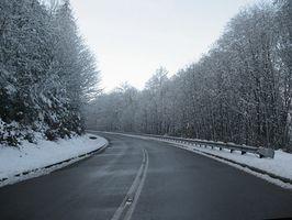 Tips om hvordan du installerer din egen vinterdekk