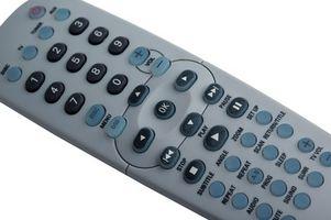 Hvordan sette en fjernkontroll til forskjellige TV