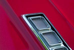 Hvordan fjerne kroppen fra en Chassis-Camaro