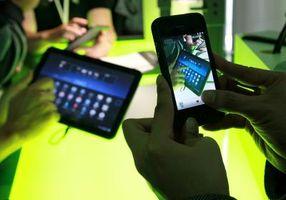 Hvordan å sette en sjekk med en Android telefon