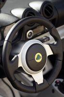 Hvordan fjerne en Airbag på en 1998 Chevy K-1500