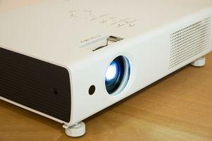 Hvordan å gjenoppbygge projektor lamper