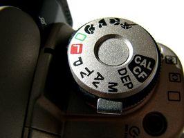 Hvor å fastsette bøyd Pins på et Canon Digital Rebel kamera