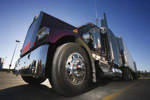Hvordan du justerer Clutch bremsen på en Mack lastebil
