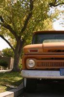 Hvordan installere en Ignition Coil på en Chevy lastebil