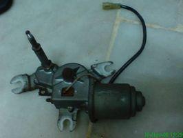 Hvordan erstatte en vindusvisker Motor