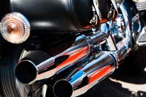 Hvordan du justerer ventiler på Honda VTX-Kontrolleren 1300 2004 motorsykkel