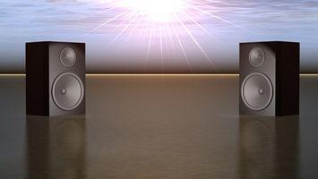 Hvordan koble opp eksterne høyttalere til en Plasma-TV