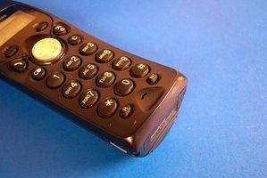 Hvordan holde hjemmetelefonnummer & videresende oppringinger til mobiltelefon