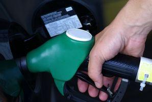 Hvor å erstatte Fuel filtrere en Volkswagen Jetta