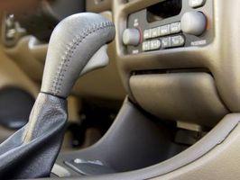 Hvordan fjerne Shifter knotten på en Chevrolet