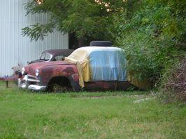 Hvordan å reparere en bil dekk