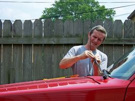 Slik fjerner svaber armer på en Jeep Wrangler