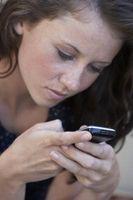Er det noen måte å lese tekstmeldinger fra en TracFone med ingen minutter?