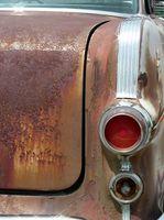 Hvor å fjerne Rust fra bilen maling