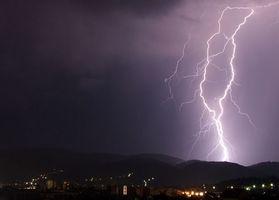 Er mobiltelefoner trygt i tordenvær?