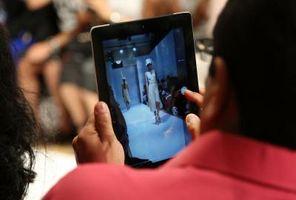 Hva er forskjellen mellom en iPad og en iPhone?