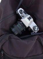 Koble en T-Mount til kameraet for en Opteka linse