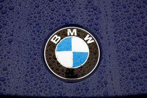 Hvordan erstatte bak vinduet i en BMW cabriolet