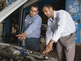 Hvordan å reparere en Radiator på en 2002 Jeep Grand Cherokee