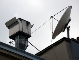 Hvordan du justerer en satellitt for DirecTV